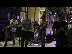 Killing in the Name (extract) - Rage Against the Machine cover by y2k - live @ Cavaillon